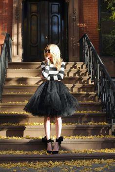 black and white, full skirt, bows