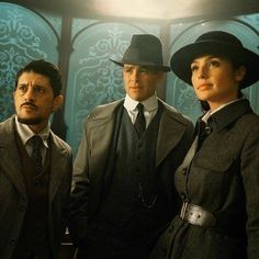 Saïd Taghmaoui as Sameer, Chris Pine as Steve Trevor and Gal Gadot as Diana Prince in «Wonder Woman»
