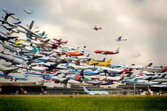 Multiple Photo of Takeoffs at Hannover Airport by Ho-Yeol Ryu