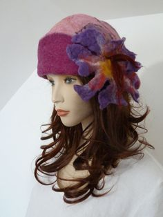 d0e22e9841dc3b Effortlessly chic lagenlook funky two tone pink soft boiled wool cloche  style ladies hat NEW