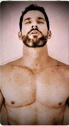 Tom Mison, Tom Ellis Lucifer, Vampire, Hommes Sexy, Perfect Boy, Film Serie, Dream Guy, Man Photo, Hairy Men