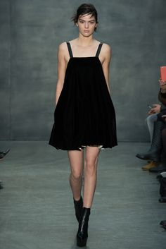 lbd ii à la vera wang a/w 15 - there's something mesmerizing about this one. | kendall jenner