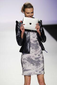 Bjacket: Combining tecnology and fashion