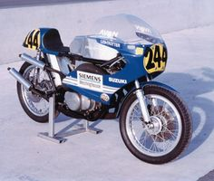First appearing with air cooled versions, it evolved to become water cooled (the first Japanese manufacturer to do it) and Jack Findlay, on a semi-factory bike, rode a TR500 to victory on the 1971 Ulster GP, a landmark first ever two stroke win on a 500 race.