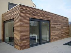 Amazing Minimalist Living Room Design Ideas To Try - Platform. Cedar Cladding, House Cladding, House Siding, Facade House, House Facades, Bungalow Extensions, House Extensions, Wood Facade, Roof Extension