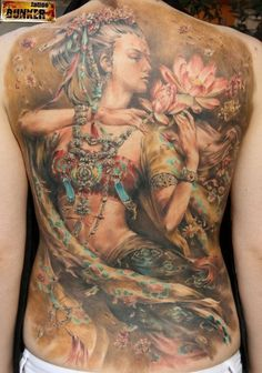 Amazing tattoo by a Russian artist - only 23 yrs old! Incredible talent.