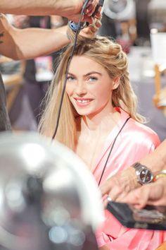 Get VS Angels' Beauty Secrets - Victoria's Secret Fashion Show: Behind the Scenes ft Jessica Hart