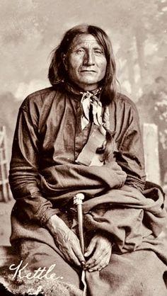 Native American Actors, Native American Wisdom, Native American Pictures, Native American Beauty, Indian Pictures, American Indian Art, Native American History, Native American Indians, Native Indian