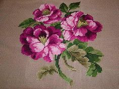 Vtg MAGNOLIAS FLORAL Vibrant Big Center Preworked Design Needlepoint Canvas