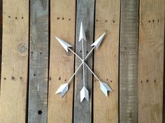❶Rustic Metal Arrow Wall Decor  ○ Hand painted white  ○ Light weight metal ○ Easy hang keyhole on back    Ask about other color options! Message me