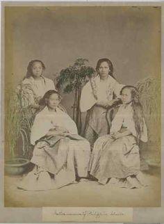 Native women of Philippine Islmands