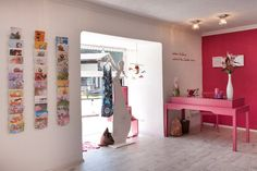 Bauchgefuhl store Kirchdorf Austria 05 - Home Decor Visual Merchandising, Maternity Stores, Branding, Design Furniture, Kirchen, Home Interior, Austria, Photo Wall, Gallery Wall