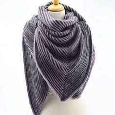 Ravelry: Knitted Shadow Shawl pattern by Hobbii Design Shawl Patterns, Knitting Patterns Free, Free Knitting, Free Pattern, Knitting Ideas, Knit Or Crochet, Crochet Shawl, Lace Scarf, Knitted Shawls
