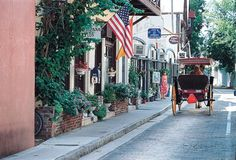 Explore history, drink wine and enjoy some beach time. These are just some of the free things to do in St. Augustine, Florida.