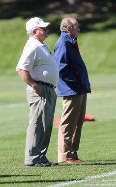 Thursday Practice, The greatest Owner & CEO in football, Pat Bowlen watches practice.