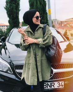 Fashion Hijab Sweety on Today Street Hijab Fashion, Abaya Fashion, Muslim Fashion, Fashion Outfits, Hijab Style, Casual Hijab Outfit, Hijab Chic, Hijab Trends, Iranian Women Fashion