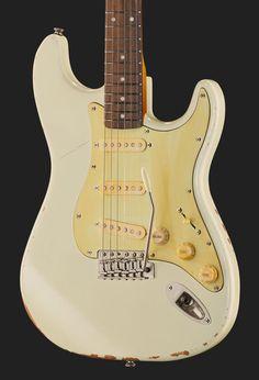 Vintage Icon Series V6MRTBG Thomas Blug Signature - Stratocaster style electric guitar with alder body, bolt-on maple neck, thomann rosewood fretboard