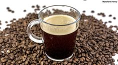 Looking at the - are coffee grounds good for the garden - best organic coffee beans Fresh Coffee Beans, Fresh Roasted Coffee, Best Organic Coffee, Best Coffee, Chicago Coffee, Coffee Bean Direct, Coffee Type, Smoothie Ingredients, Creme Brulee
