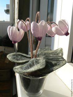 Купить Интерьерный цветок ЦИКЛАМЕН - розовый, цикламен, Интерьерные композиции, цветы из коконов, шелковые коконы