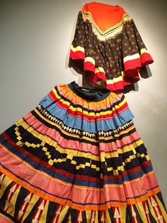 Seminole Skirt & Blouse (Institute for American Indian Studies, Washington, CT - photo credit: Pam Ifandy)