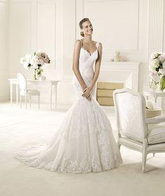 Pronovias presents the Umana wedding dress. Fashion 2013. | Pronovias is available at Patsy's Bridal in Dallas.