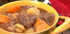 Need a hearty, delicious and EASY meal to warm you up this fall? Then you need our Slow Cooker Beef Stew Recipe! Watch and learn how to make this tasty dish.