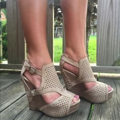 GB Tulsa Wedge Sandals These are Gianni Bini Wedges! They are a light cream/grey color and have only been worn two times; they are in great condition. They are platforms and surprisingly comfy! Very versatile and goes great with jeans and a cute top or a dress. Gianni Bini Shoes Wedges
