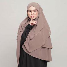 Pashmina Hijab Tutorial, Hijab Style Tutorial, Hijab Bride, Pakistani Wedding Dresses, Casual Hijab Outfit, Hijab Chic, Abaya Fashion, Muslim Fashion, Nigerian Weddings