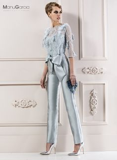 Las #madrinas #damasdehonor e #invitadas también pueden lucir pantalones