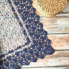 Raveller AmberFryKnits' South Bay Shawlette (free crochet pattern from Lion Brand Yarn) is delightful in two colors of @BerrocoYarn's Folio.Ravelry: AmberFryKnits' South Bay Shawlette