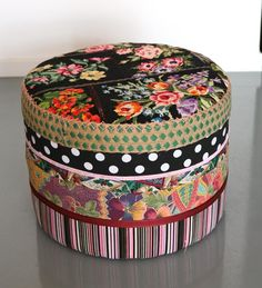 Image of POUF TAILLE ADULTE CRÉATION CANEVAS VINTAGE - REF.1134
