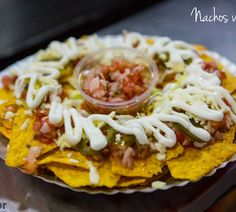 Head down to #AmexicanoFoodTruck serving fresh & pocket friendly food!   #streetfood #fastfood #mexican #american #chicken #burger #nachos #cityshorbengaluru