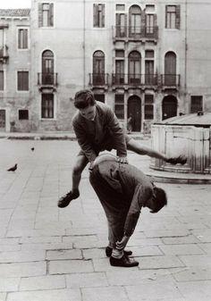 Quando non c'era la playstation: i giochi di una volta - Milano - Repubblica.it