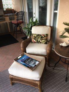 Chair and ottoman Sunbrella 8010-0000 Dupione Pearl