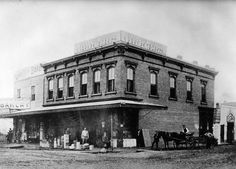 I love this- the very first Ralph's market. It opened at 617 Spring Street (downtown Los Angeles) in 1873. No paved roads here.