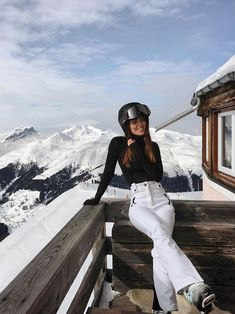 Snow Skiing Snowboarding Winter holiday – Famous Last Words Mode Au Ski, Shotting Photo, Foto Casual, Ski Season, Vintage Ski, Snow Skiing, Winter Pictures, How To Pose, Winter Photography
