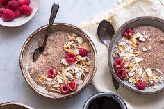 Deze ontbijtpap is vezelrijk, glutenvrij, lactosevrij, vegan en suikervrij. Een heerlijke koolhydraatarme vervanger voor brinta of havermoutpap. #koolhydraatarm #ontbijt #havermout #gezondeten #recepten Low Carb Breakfast, Breakfast Recipes, Breakfast Porridge, Sports Food, Unsweetened Almond Milk, Low Carb Recipes, Foodies, Oatmeal, Good Food