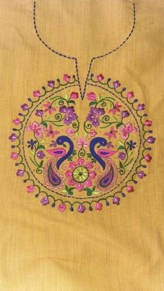 Hand Embroidery Dress, Basic Embroidery Stitches, Hand Embroidery Videos, Embroidery Suits Design, Flower Embroidery Designs, Embroidery Motifs, Machine Embroidery Designs, Kutch Work Designs, Hand Work Design