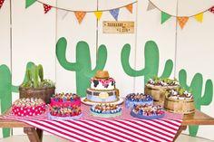 Mesa de doces bolo festa infantil tema cowboy texas (Decoração: Bendita Festa | Foto: 3E Fotos)