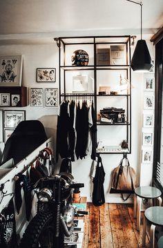 A Visit To Vagabond Tattoo Studio Tattoo Shop Decor, Tatto Shop, Studio Piercing, Tattoo Studio Interior, Tattoo Salon, Barber Shop Decor, Tattoo Parlors, Shop Interiors, Shop Interior Design