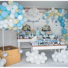 Beautiful Party by - New Deko Sites Baby Shower Balloons, Baby Shower Cakes, Baby Shower Parties, Baby Shower Themes, Baby Boy Shower, Baby Shower Favors, 1st Boy Birthday, Birthday Parties, Balloon Birthday