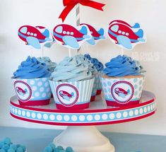 Blue frosted cupcakes at an airplane birthday party! See more party ideas at…