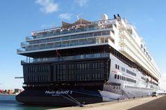 Mecklenburg-Vorpommern plant Flüchtlingsunterkünfte auf alten Kreuzfahrtschiffen