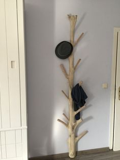 Wandgarderobe aus Holz Unikat, Standgarderobe aus Massivholz, Höhe 200 cm - Garderoben - Wohnaccessoires