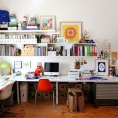 Top 10 Workspace Ideas & Inspirations March 2011:  Workspace Inspiration Photo 4: Busy Home Workspace