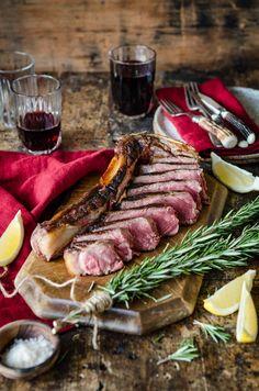 Bistecca alla Fiorentina a Casa   Florentine Steak at home   Chew Town Food Blog