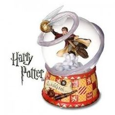 Many people collect Harry Potter water globes. Are you looking for collectable Harry Potter water globes?