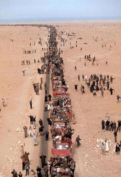 """Moroccans participating in """"The Green March"""" in when the king of Morocco called on civilians to stake Western Sahara as their own. Hassan 2, Barbary Coast, Western Sahara, Travel Abroad, S Pic, Marrakech, Photos, Pictures, Beautiful Images"""