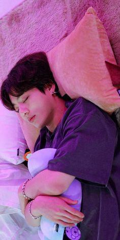 "épisode ""bts run"" 97 Bts Taehyung, Jungkook Cute, Bts Bangtan Boy, Namjoon, Jung Kook, Foto Bts, Jikook, V Bts Wallpaper, Bts Aesthetic Pictures"