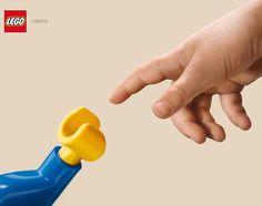 """""""Sobran las palabras en esta gráfica de Jung von Matt (Alemania) para LEGO. ¡Sencillamente brutal! #publicidad #creatividad #advertising #creativity #lego"""""""